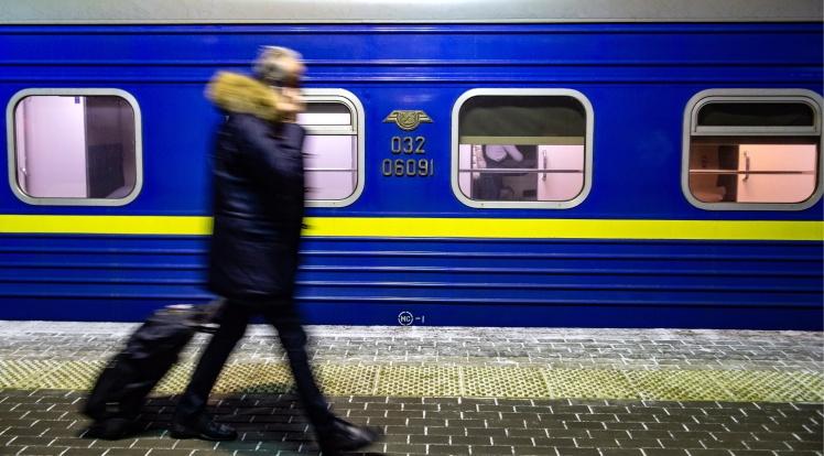 Посилення карантину на Закарпатті: квитки на поїзди не продаватимуть, «Укрзалізниця» готується вивозити пасажирів спецрейсами