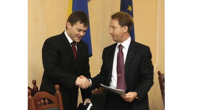 Богдан на посаді заступника міністра юстиції. Разом із міністром Миколою Оніщуком