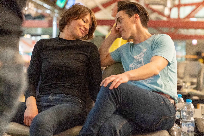 lesbos-v-sportivnoy-razdevalke