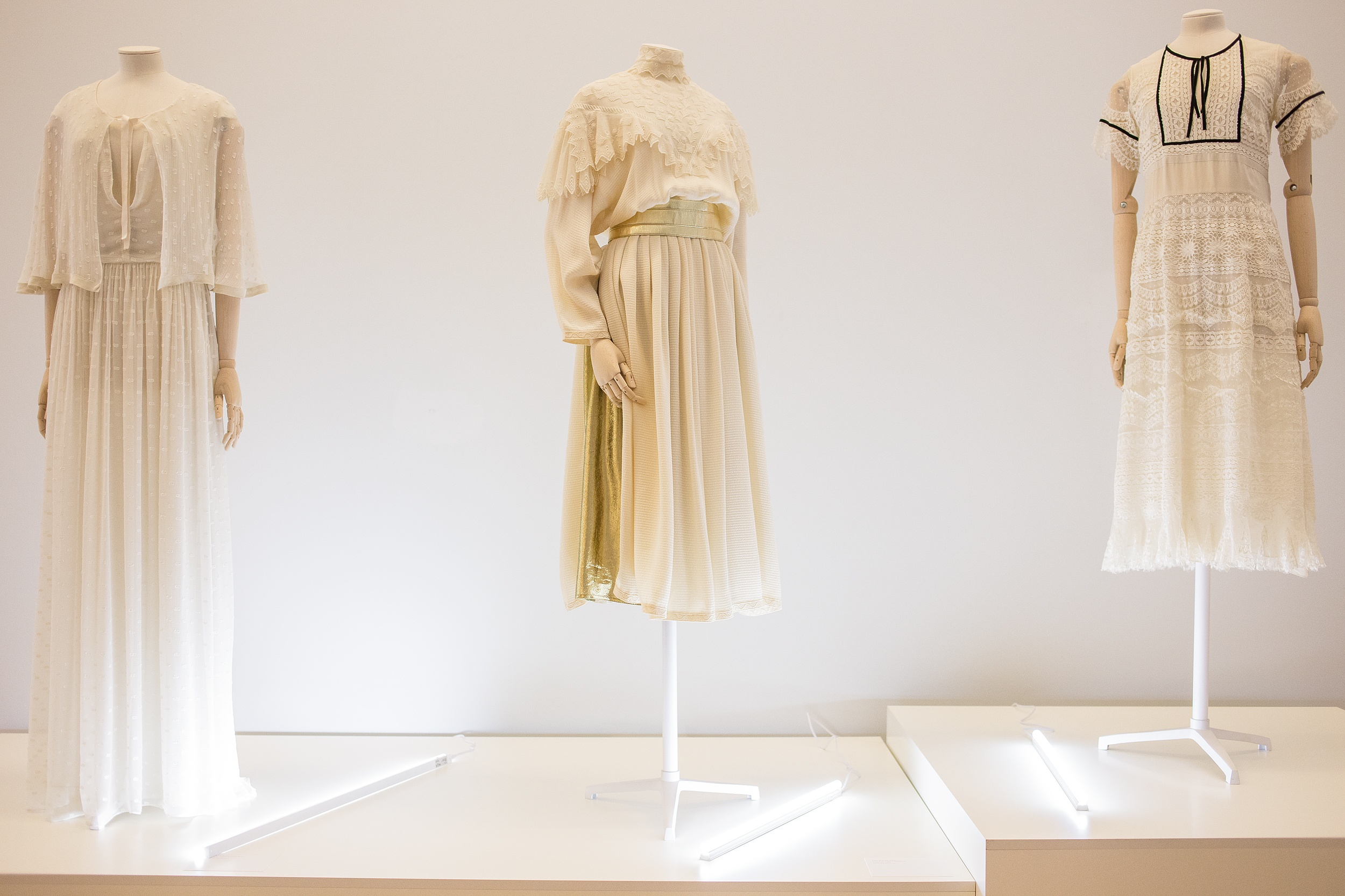 696732fbfd6231bac5df185fae52e8ce - В Киеве проходит выставка Chloe Couture: почему вам стоит ее посетить