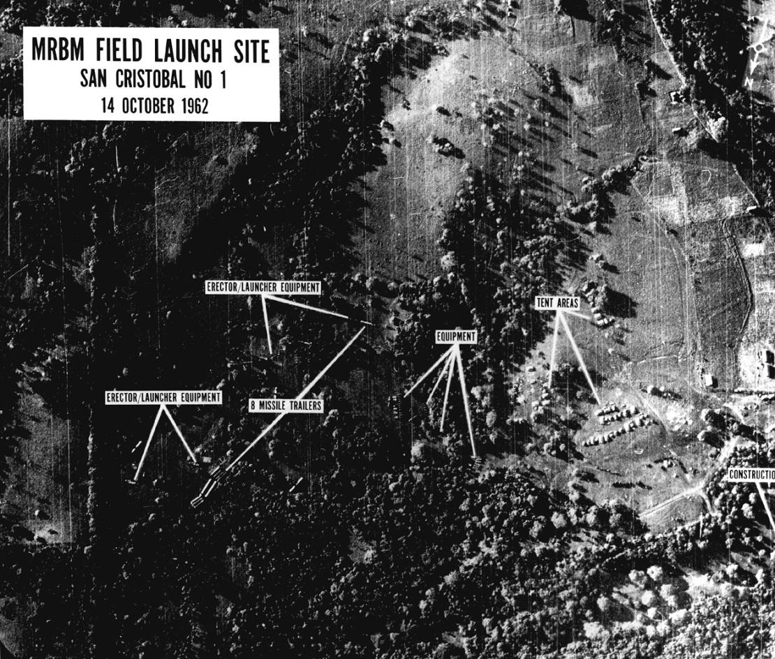 Аерофотозйомка споруджуваних на Кубі радянських ракетних баз, 14 жовтня 1962 року. Два дні потому цей знімок показали президенту Кеннеді.