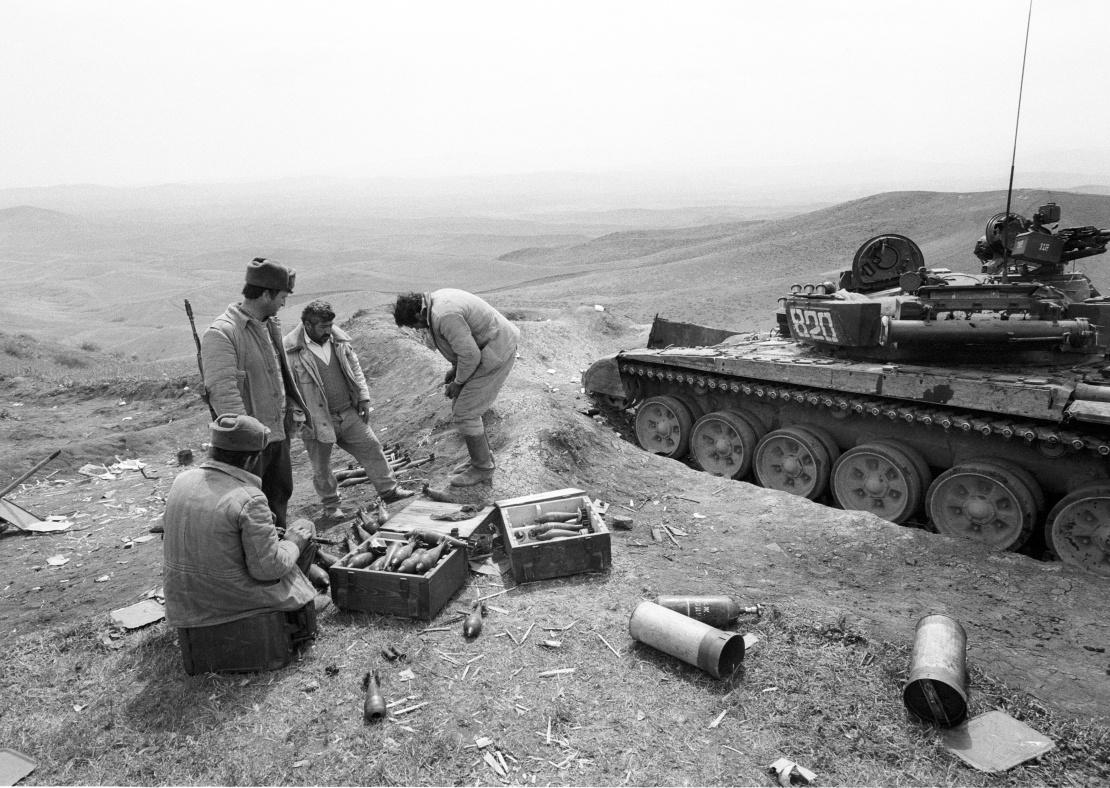 Солдати Вірменії під час затишшя в Нагірному Карабасі.