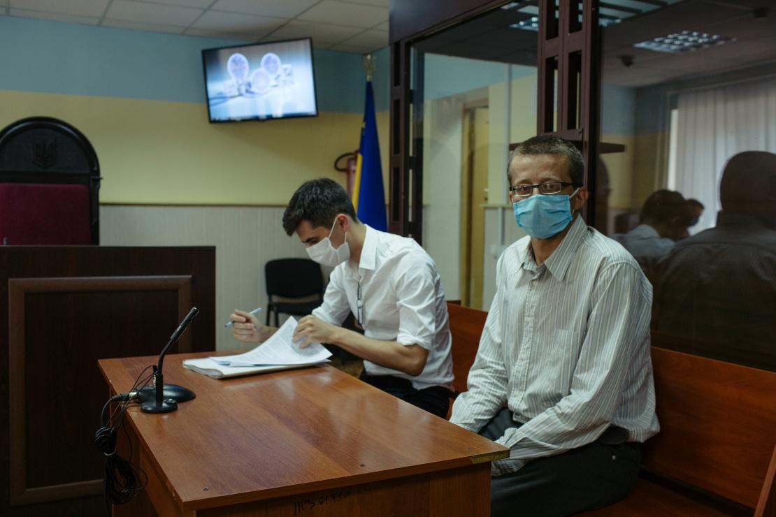 Адвокат Олександр Куликов і його підзахисний Віктор Ручко.