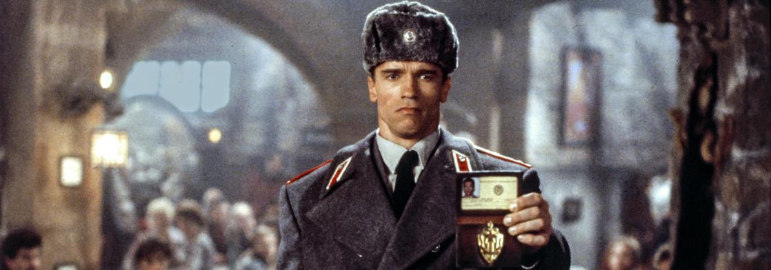 Ровно 33 года назад вышел фильм «Красная жара» с Арнольдом Шварценеггером. Вы его помните? Какие ваши доказательства? Тест «Бабеля»