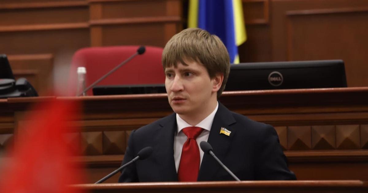 Секретарем Київради став Володимир Бондаренко. Він був фігурантом розслідування «Схем»