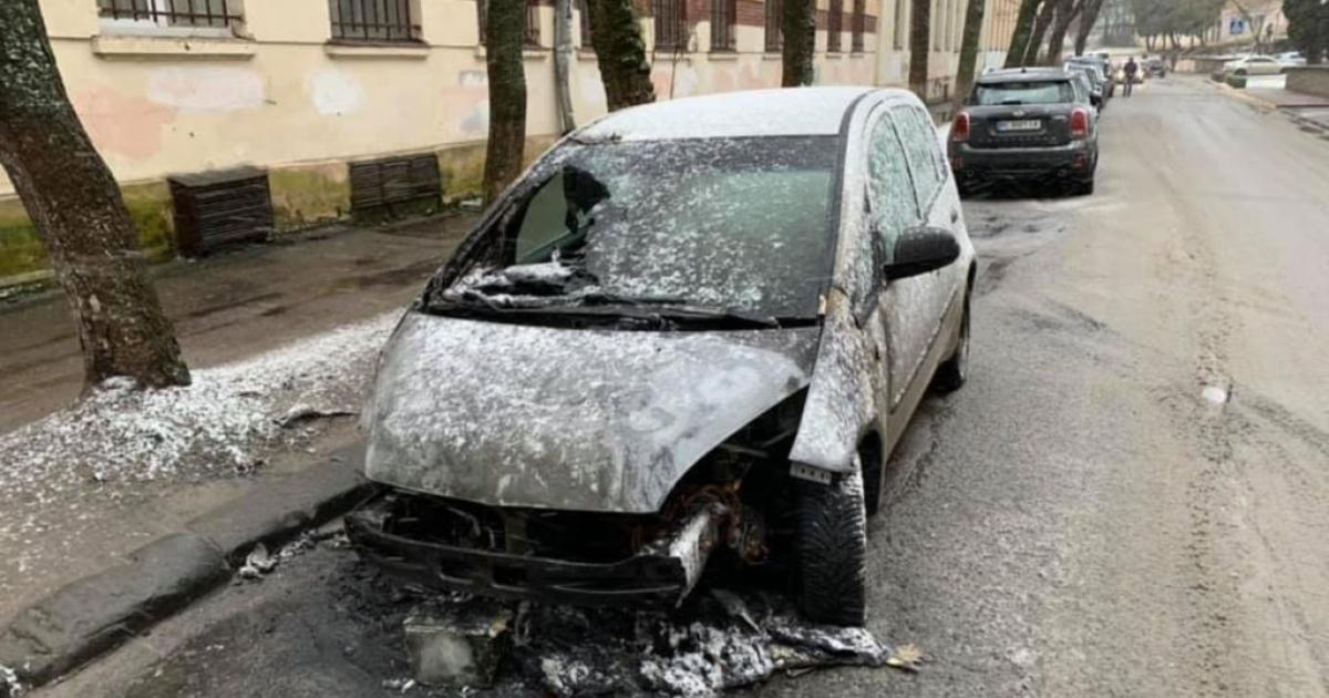 СБУ завершила розслідування підпалу авто журналістки «Радіо Свобода» та назвала замовника