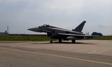 Російський військовий літак перервав брифінг лідерів Литви та Іспанії. Його довелося перехоплювати