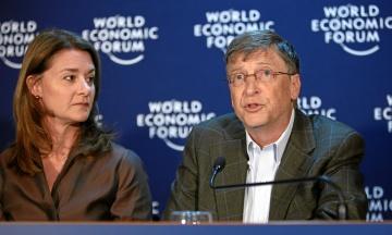 WSJ узнала возможную причину развода Билла и Мелинды Гейтс. Поводом могли стать его контакты с Эпштейном