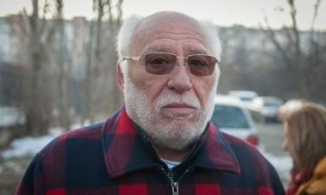 NYT: Болгарський торговець зброєю Ґебрев підтвердив, що постачав її в Україну після 2014 року. Озброєння зберігав на складах у Чехії