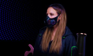 Пушистый робокот, умные маски, нейропомада, секс-игрушки с подогревом и унитаз-диетолог. Самые необычные гаджеты техновыставки CES 2021
