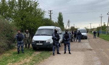 «Крымская солидарность»: В Симферополе российские силовики во время обысков убили мужчину. Он якобы оказал сопротивление