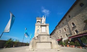 Сан-Марино пропонуватиме російський «Супутник» туристам, а Словаччина — своїм громадянам