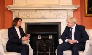 Премьер Британии Джонсон встретился с беларусской оппозиционеркой Тихановской