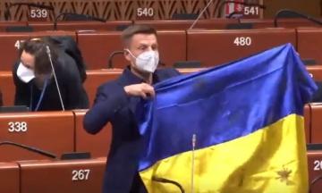 Українська делегація в ПАРЄ виступила із заявою через позбавлення Гончаренка права голосу