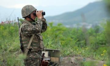 Між Вірменією та Азербайджаном новий конфлікт. Пашинян звернеться в ОДКБ, а президент Франції зробив заяву