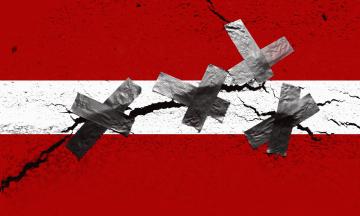 Президенту Зеленському, можливо, доведеться вибирати: санкції для Білорусі або «Велике будівництво». Чому? Україна купує у Білорусі бітум