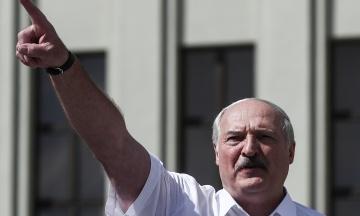 Лукашенко заговорил о прямом авиарейсе из Беларуси в Крым: Придется Путина попросить, чтобы отвез