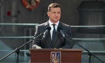 «На статтю у нього час є, а на зустріч — немає». Зеленський відповів на текст Путіна про «єдність народів»