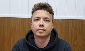 Протасевича и его девушку Сапегу перевели под домашний арест
