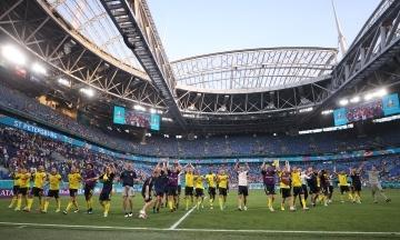 Посол Швеції мемом відреагував на перемогу збірної, яка вивела Україну в плей-оф Євро-2020. Йому відповів посол Польщі