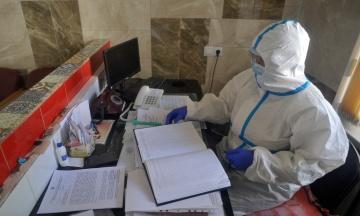 В Україні виявили менш як 500 нових випадків коронавірусу