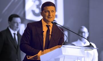 Зеленський заявив, що вже став «вироком» Порошенка і того «наздожене карма». А за Тищенка президенту соромно