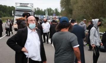 Прикордонники повідомляють, що хасиди йдуть від українського кордону