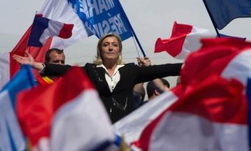 Лідерку ультраправої партії Франції Ле Пен підозрюють у розтраті 6,8 млн євро держкоштів