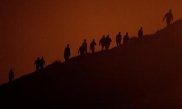Испания стянула войска в эксклав Сеута. Туда прорвались около 8 тысяч мигрантов