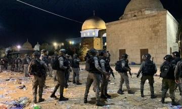 У Єрусалимі в зіткненнях постраждали понад 200 людей. Голова Палестини вимагає скликати Радбез ООН