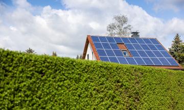 Як і навіщо встановлювати сонячну електростанцію у себе вдома. Пояснюємо з «Атмосферою»