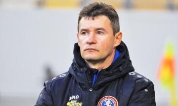Тренер ФК «Львів» заявив, що отримав «жовту» картку через вимогу до арбітра говорити українською. Федерація вже почала перевірку