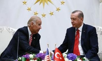 Bloomberg: Байден попередив Ердогана, що США визнають геноцид вірмен