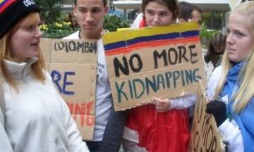 Боевики FARC в Колумбии впервые извинились за похищения людей в ходе полувекового вооруженного конфликта