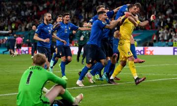 Італія — чемпіон Європи з футболу