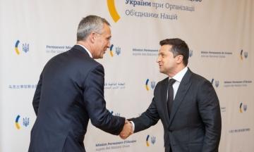 Зеленский призвал НАТО увеличить количество кораблей в Черном море. Также он ждет перечень реформ для вступления в Альянс