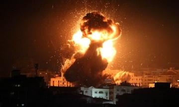 Израиль нанес удар по сектору Газа в ответ на обстрел ракетами. ЦАХАЛ начал учения