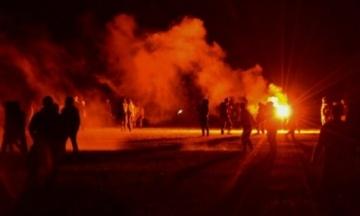 У Франції поліція 7 годин розганяла рейв-вечірку, яка порушувала карантин