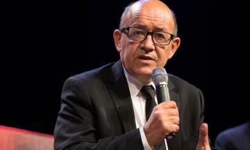 Франція відкликає послів зі США та Австралії після зриву угоди на 56 мільярдів євро