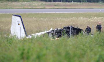 У Швеції розбився літак з парашутистами. Загинули 9 людей