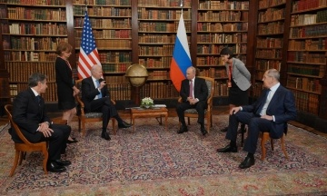 Байден вимагає від Путіна «вжити заходів» проти хакерів, які атакують США