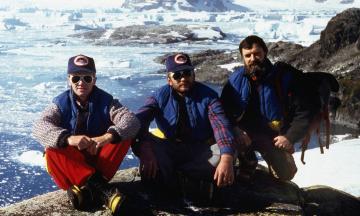 Українській антарктичній станції «Академік Вернадський» 25 років. Ось її історія в десяти фото (з каплицею, баром, антарктичним літом і неодмінно з тюленями і пінгвінами)