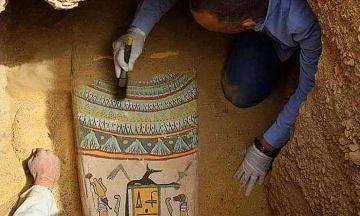 В Египте нашли почти 30 саркофагов, которым свыше 2,5 тысячи лет