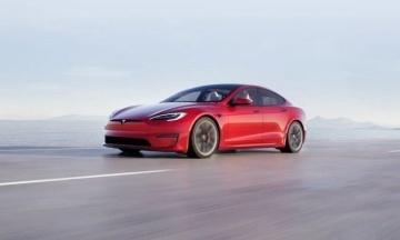 Ілон Маск представив електромобіль Tesla Model S Plaid. Він заявлений як найшвидший