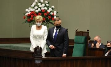 «Родина, інвестиції, гідність». Дуда склав присягу президента Польщі та назвав ключові питання другої каденції