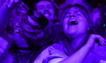 В Європі провели «експериментальні» концерти та рейви — ковідом майже ніхто не заразився. Вірус не такий небезпечний? Ні, є проблема в цьому «майже»