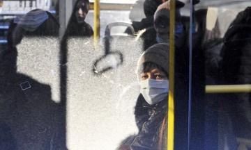КГГА пожаловалась полиции на то, что в интернете продают спецпропуска для проезда в общественном транспорте