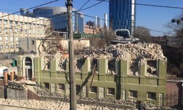 Міністр Ткаченко закликає провести розслідування, хто дозволив знести історичний будинок Уткіна у Києві