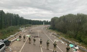 «Лишилося тільки прибрати територію»: хасиди покинули український кордон і повернулися до Білорусі