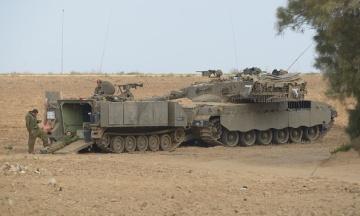 Наземні війська ЦАХАЛу завдають ударів по сектору Гази. Ізраїль відкинув пропозицію перемир'я